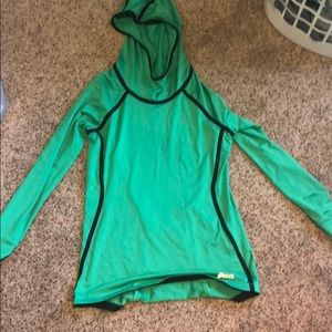 ASICS stretchy pullover